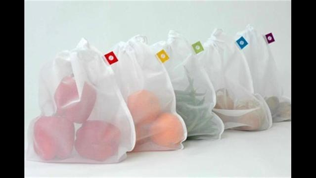 Reduce plastic waste with Flip & Tumble reusable produce bags