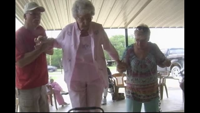100-Year-Old Keeps Promise To Dance On Table At Her Birthday Party