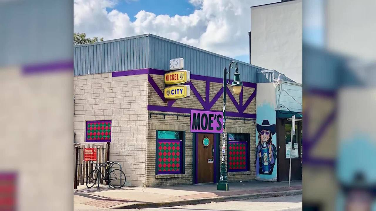 pics This Austin Bar Is Getting a Simpsons' Makeover for Halloween